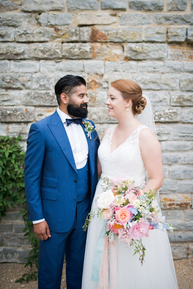 Colourful Pastel Sequin Wedding http://www.laurapower.co.uk/