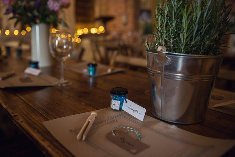 Kraft Brown Paper Place Mats Eclectic Cool Barn Wedding http://assassynation.co.uk/