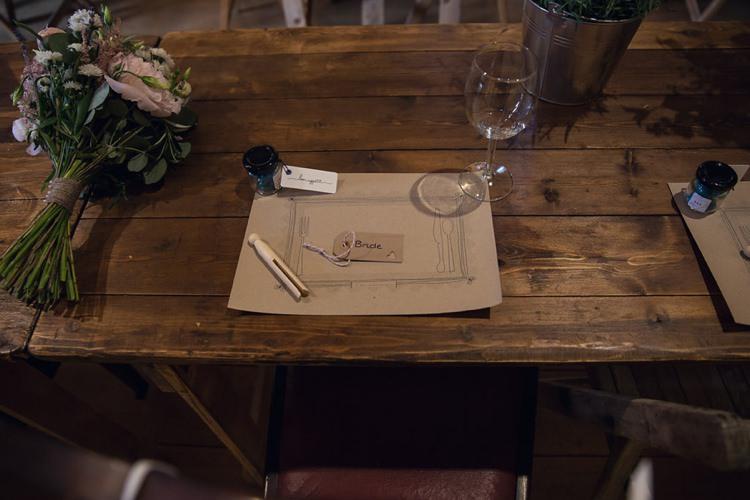 Kraft Brown Paper Card Place Mats Eclectic Cool Barn Wedding http://assassynation.co.uk/