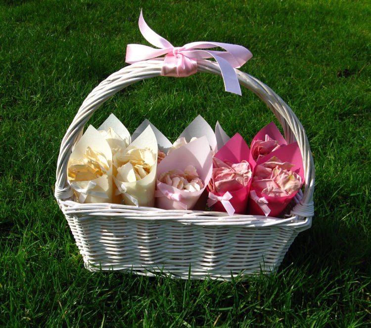 Ombre Confetti Basket. Credit- The Real Flower Petal Confetti Company