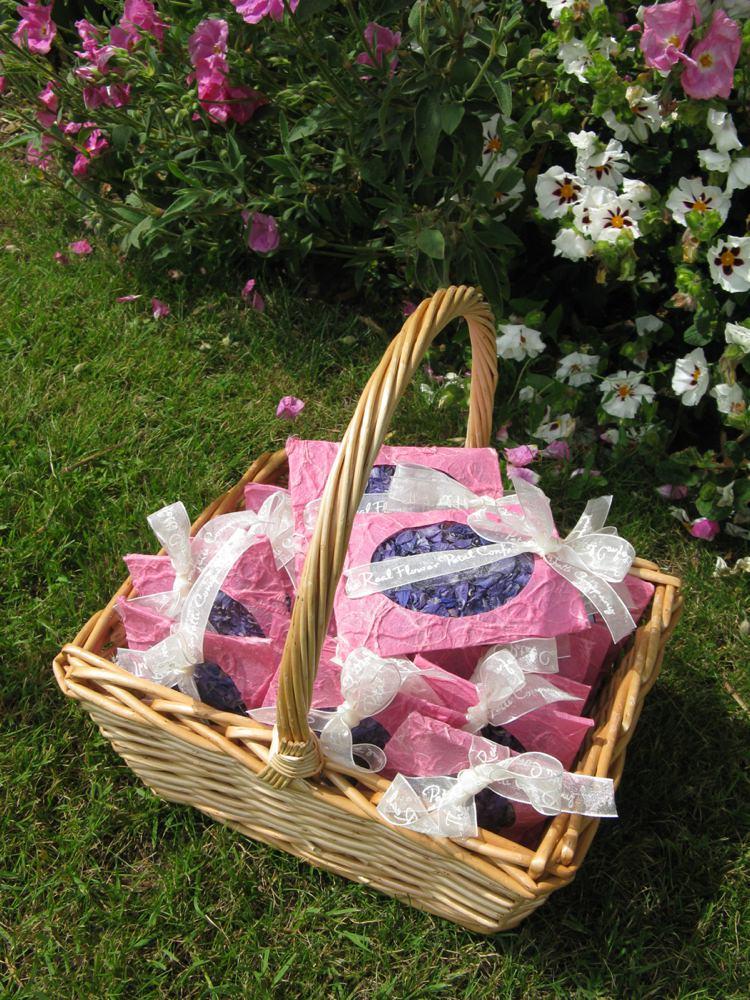 Petal Envelope Confetti Basket. Credit- The Real Flower Petal Confetti Company