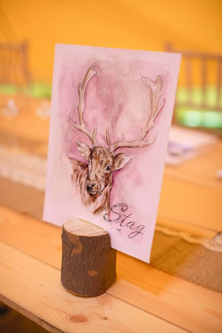 Illustrated Animal Table Names Stag Log Slice Family Farm Festival Wedding https://amylouphotography.co.uk/