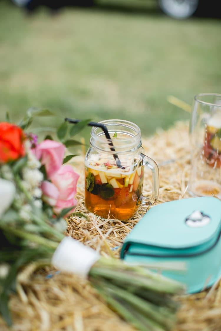Jar Drink Family Farm Festival Wedding https://amylouphotography.co.uk/