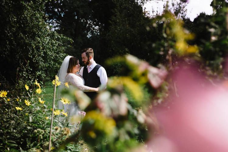 Vintage Country Fete Farm Wedding http://carolinehancox.co.uk/