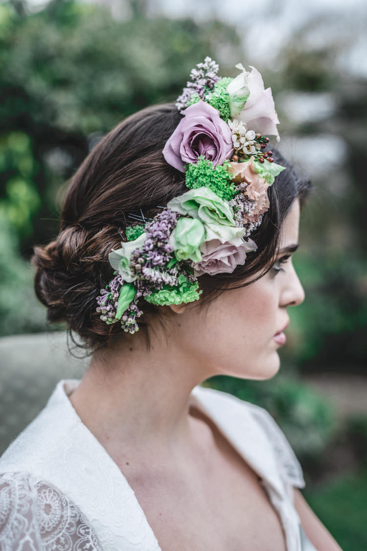 Flowers Hair Pink Green Crown Headdress Bride Bridal Fun 1950s Pastel Wedding Ideas http://www.bernipalumbo.com/