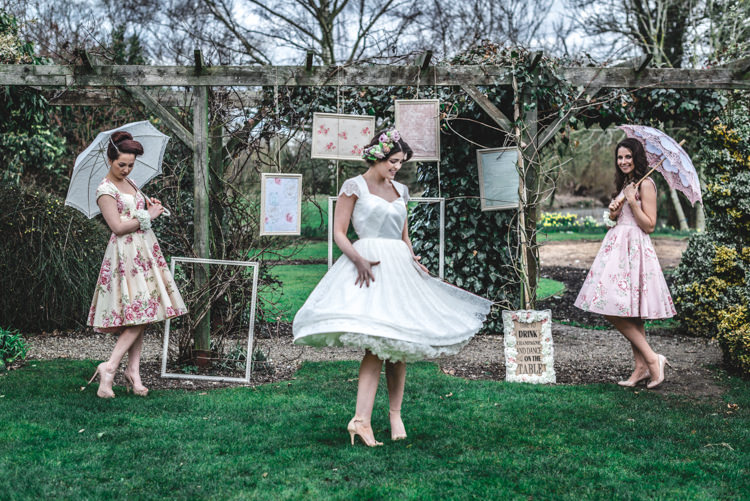 Fun 1950s Pastel Wedding Ideas http://www.bernipalumbo.com/