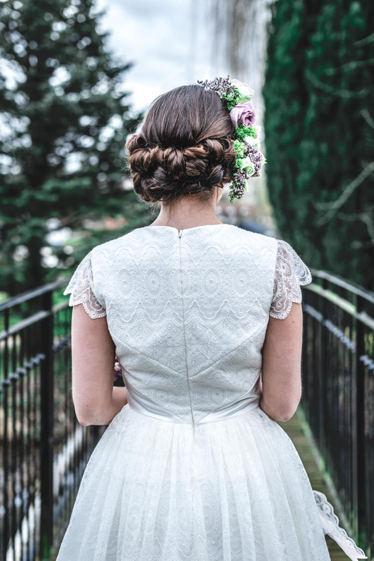 Hair Bride Bridal Twist Up Do Style Fun 1950s Pastel Wedding Ideas http://www.bernipalumbo.com/