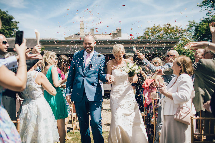 Confetti Summertime Pastel English Country Garden Wedding http://alipaul.com/