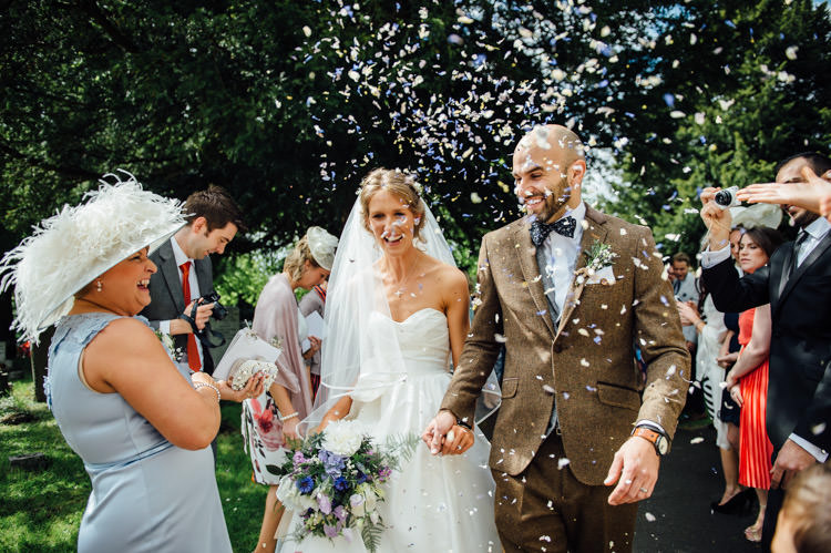 Confetti Throw Natural Mismatched Home Made Wedding http://www.mattbrownphotography.co.uk/
