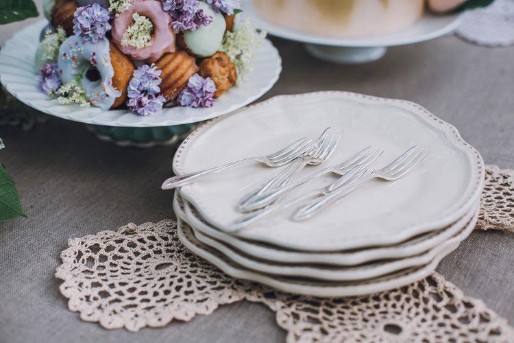 Soft Natural Woodland Wedding Ideas http://www.matthoranphotography.com/