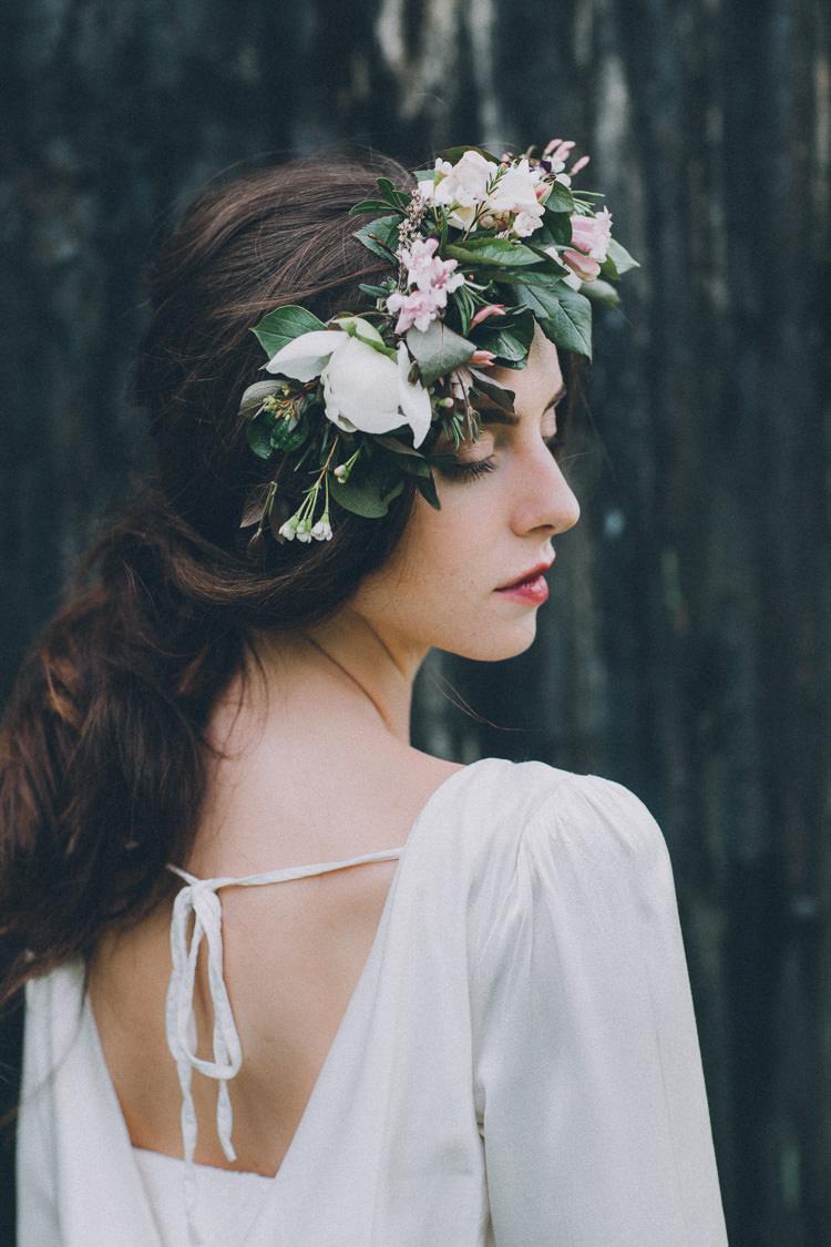 Bride Bridal Hair Style Flowers Crown Headdress Soft Natural Woodland Wedding Ideas http://www.matthoranphotography.com/