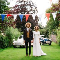 Vintage Home Made Farm Wedding http://www.honeyandthemoonphotography.co.uk/