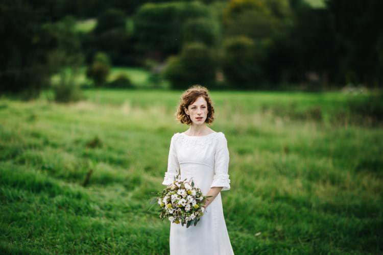 1960s Dress Bride Bridal Gown Vintage Home Made Farm Wedding http://www.honeyandthemoonphotography.co.uk/