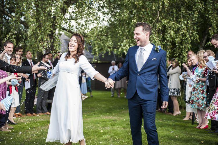Confetti Throw Vintage Cornflower Blue Wedding http://eleanorjaneweddings.co.uk/