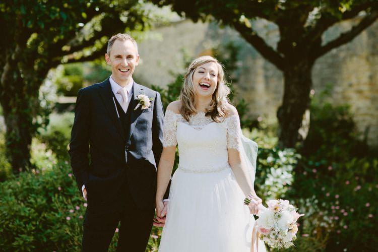 Romantic Pastel Countryside Wedding http://davidjenkinsphotography.com/
