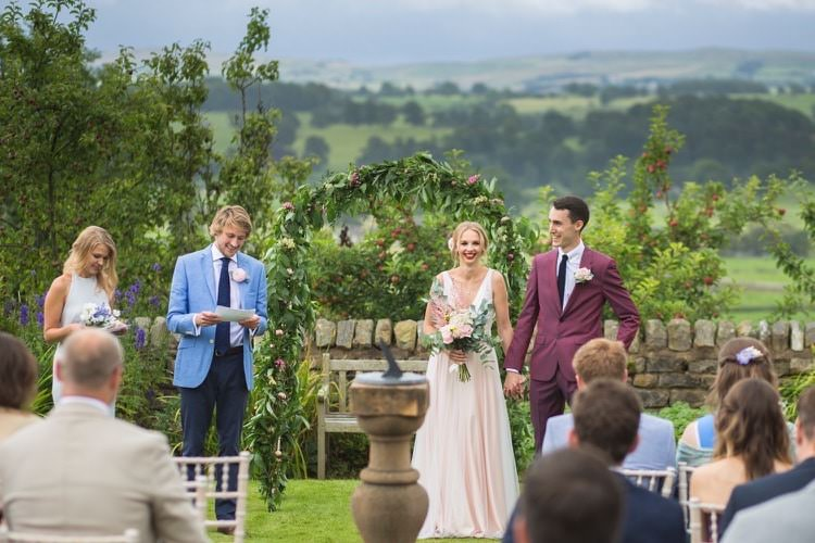 Ceremony Outdoor UK Fun DIY Back Garden Party Wedding http://www.motiejus.com/