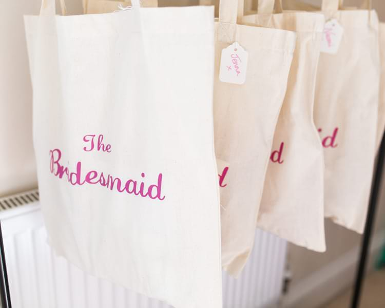Bridesmaid Tote Bags Gift Present Fresh Pretty Humanist Wedding http://summerlilystudio.com/