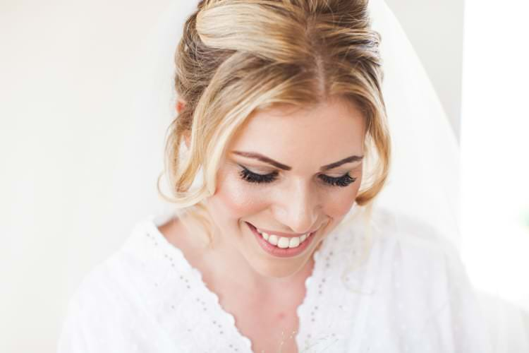 Make Up Bride Bridal Fresh Pretty Humanist Wedding http://summerlilystudio.com/