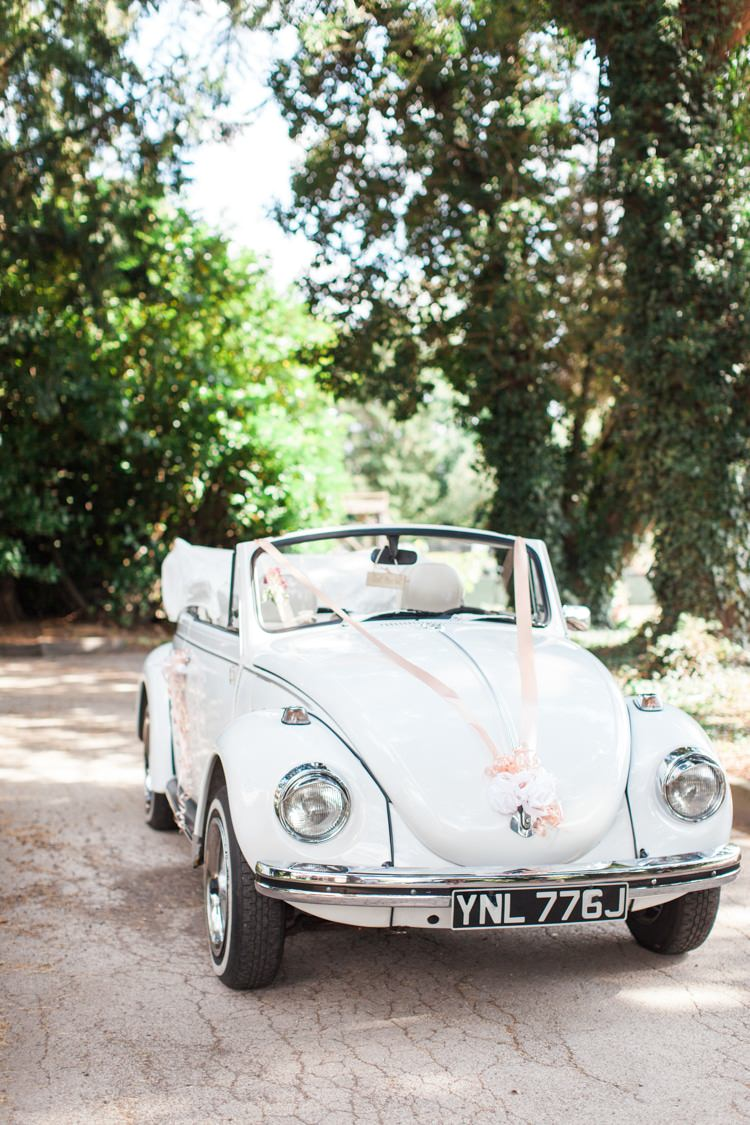 VW Beetle Car Transport Fresh Pretty Humanist Wedding http://summerlilystudio.com/