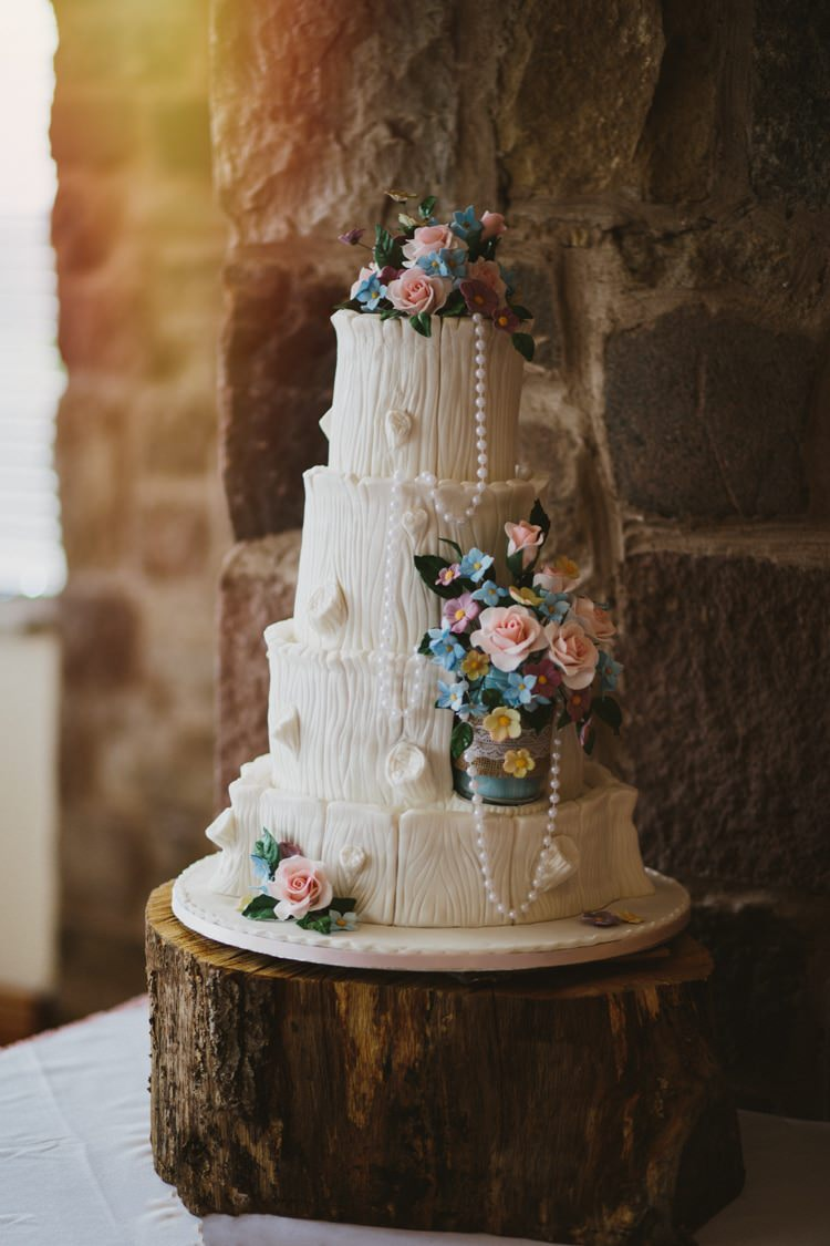 Tree Wood Log Cake Flowers White Floral Rustic Country Barn Wedding http://www.allymphotography.com/