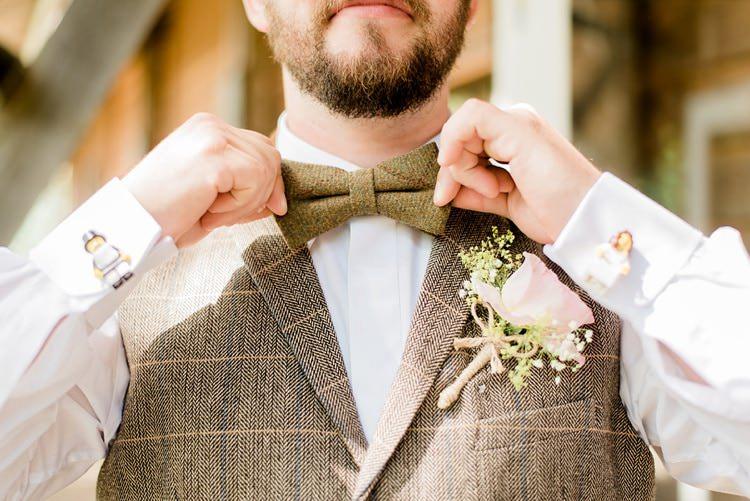Brown Tweed Bow Tie Groom Buttonhole Pink Rose Multicoloured DIY Rustic Wedding http://vickylamburn.com/