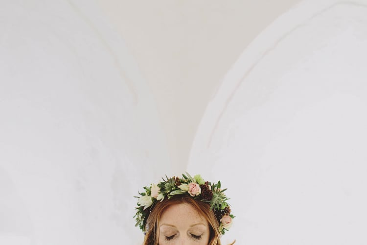 Flower Crown Bride Bridal Headdress Whimsical Outdoor Floral Wedding http://www.lukehayden.co.uk/