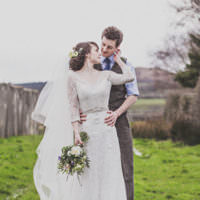 Pretty DIY Farm Wedding http://www.johnelphinstonestirling.com/