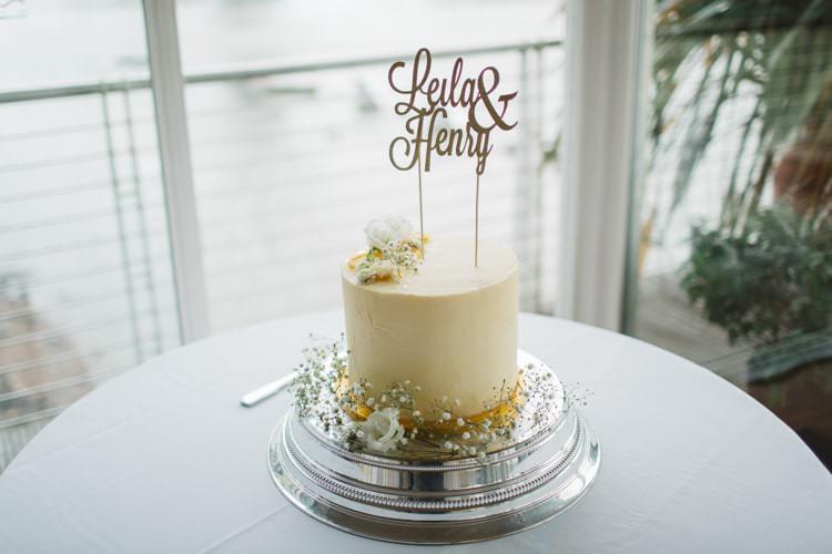 Buttercream Cake Topper Names Chic City White Gold Wedding http://www.francessales.co.uk/