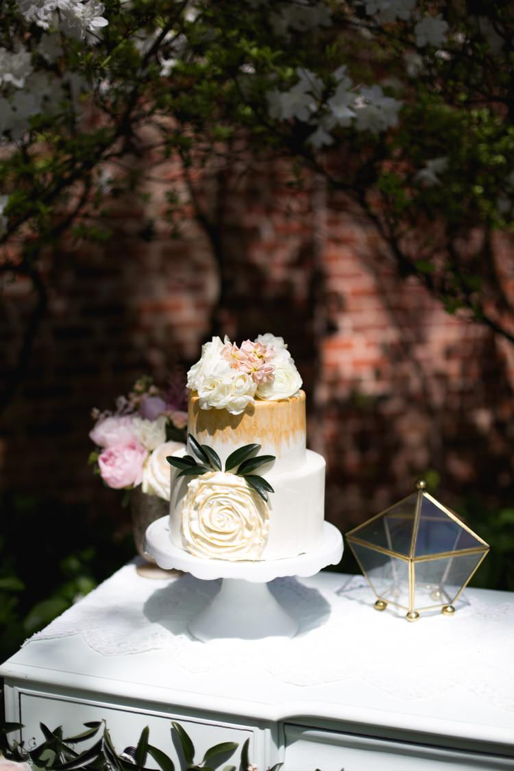 Wedding Cake Gold Cream Flowers Roses White Cake Stand Gold Pentagon Romantic Vintage Wedding Ideas http://katymurrayphotography.com/