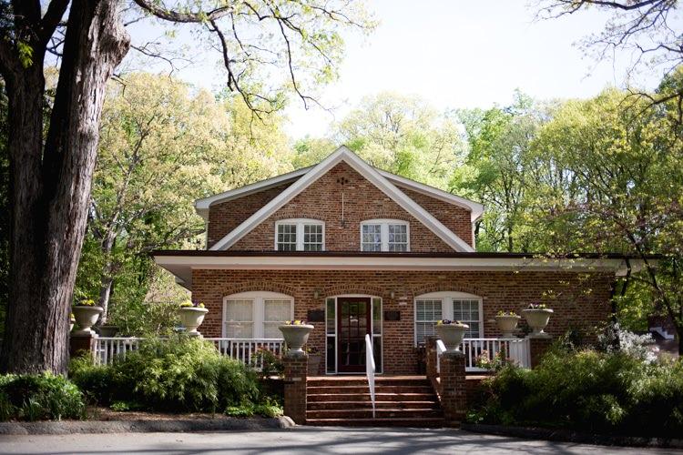 Venue Ideas Rockwood Manor Trees Greenery Romantic Vintage Wedding Ideas http://katymurrayphotography.com/