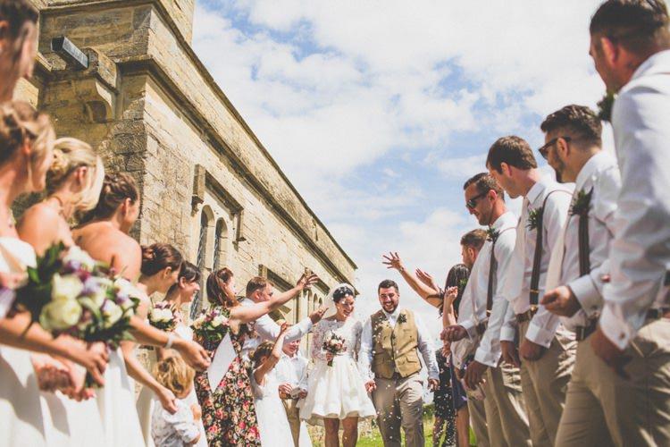 Confetti Throw Rustic Tipi Farm Wedding http://aniaames.co.uk/