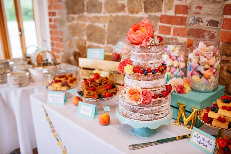 Naked Cake Flowers Sponge Victoria Table Decor Peaches Mint Stylish Floral Wedding http://www.sarahleggephotography.co.uk/