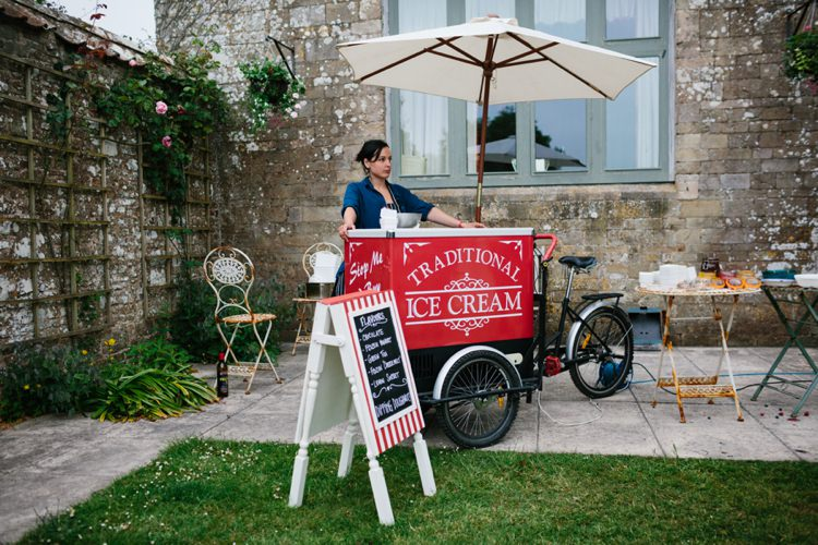 Ice Cream Cart Station Bar Beautiful Outdoor Country House Wedding http://www.christinewehrmeier.com/