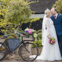 Fresh Spring Country Wedding http://kerryannduffy.com/