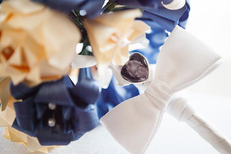 Remembering Loved Ones Locket Bouquet Flowers Vintage Doctor Who Wedding http://www.linaandtom.com/