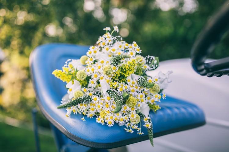 Bouquet Flowers Bride Bridal Yellow Daisies Bohemian Home Made Farm Wedding http://www.jessyarwood.co.uk/