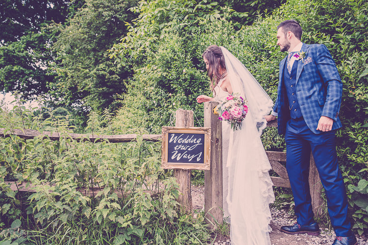 Relaxed English Country Garden Party Wedding http://hayleybaxterphotography.com/