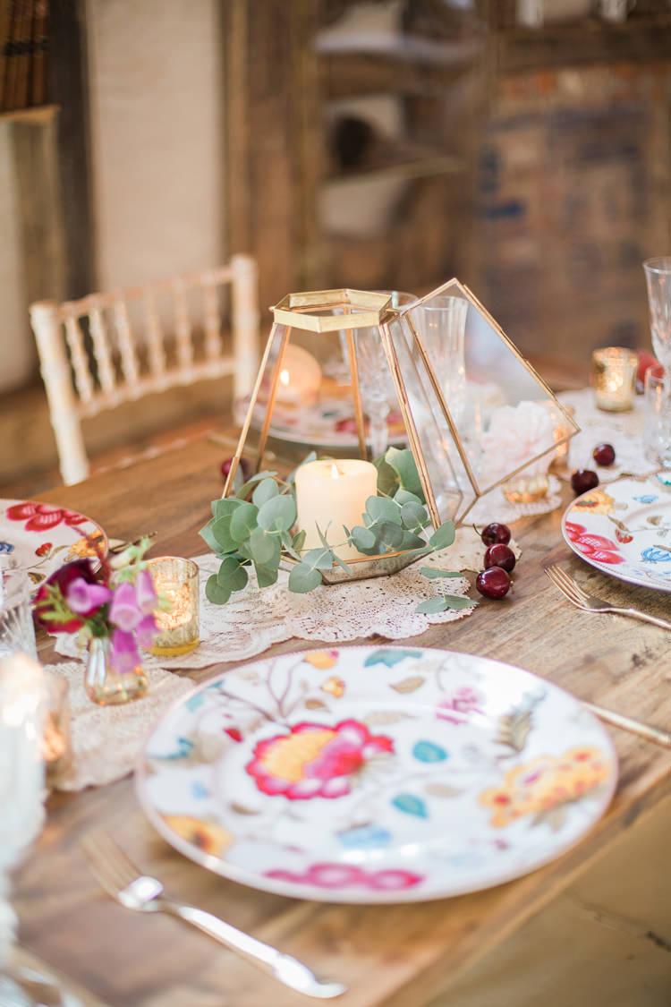 Terrarium Flower Candle Decor Fine Art Bohemian Luxe Wedding Ideas http://jessicadaviesphotography.co.uk/