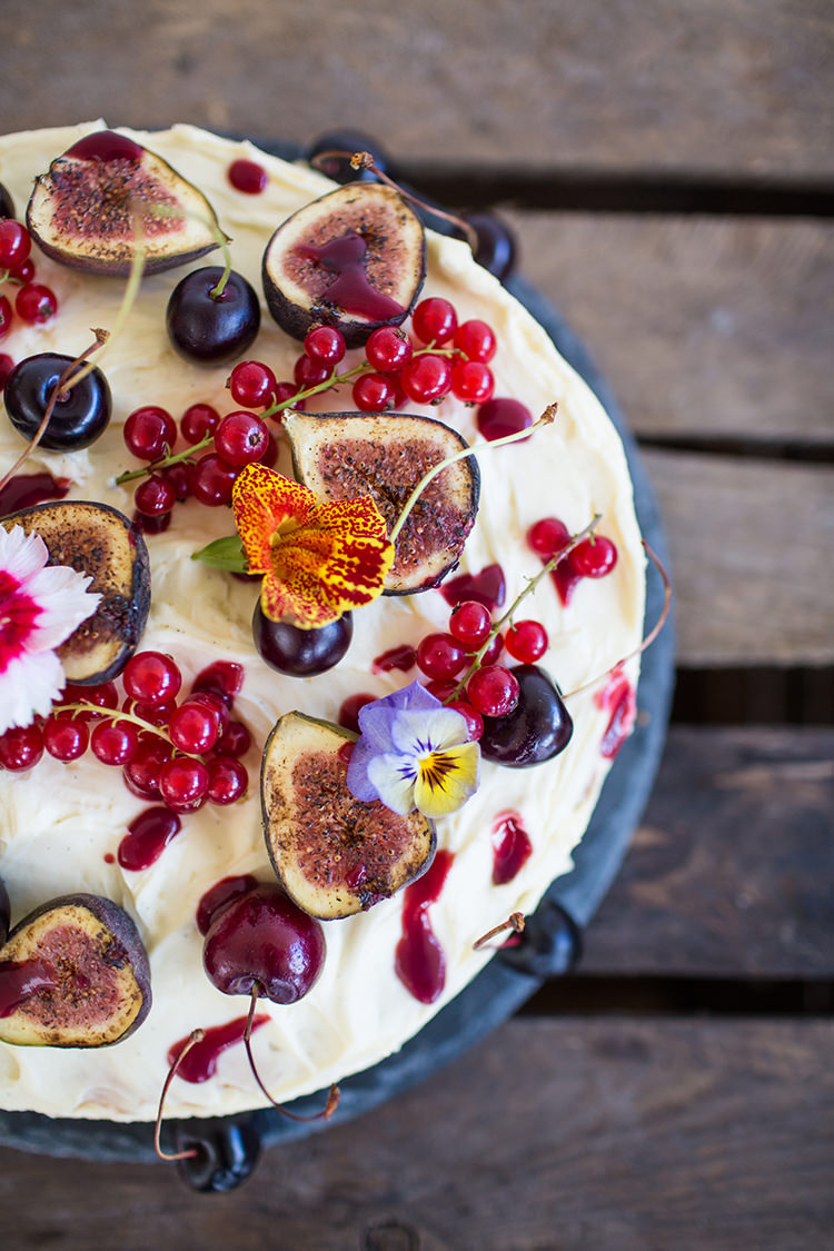 Fruit Berries Fig Cake Icing Buttercream Alternative Colourful Boho Wedding Ideas http://www.binkynixon.com/