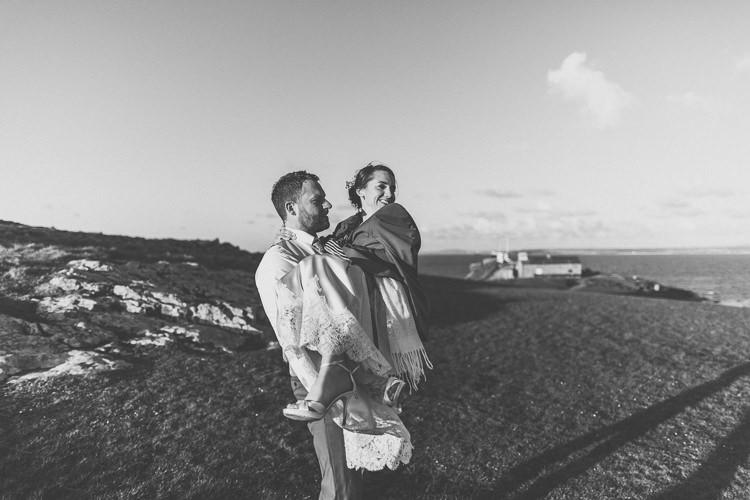 Relaxed Seaside St Ives Wedding http://www.wearetheclarkes.com/