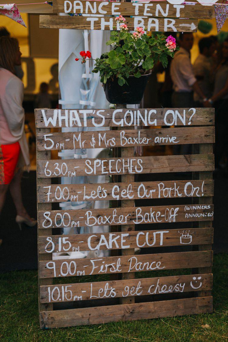 Wooden Pallet Sign Creative Festival Wedding http://benjaminstuart.co.uk/