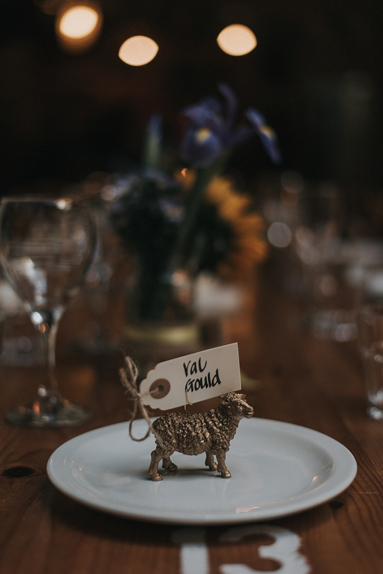 Painted Gold Toy Animal Place Name Setting City Farm Yellow Blue Wedding http://www.baiandelle.com/