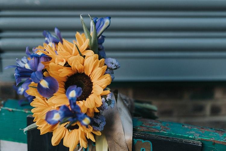 City Farm Yellow Blue Wedding http://www.baiandelle.com/