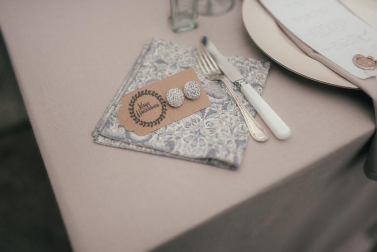 Floral Napkin Fine Art Boho Luxe Garden Wedding Ideas http://www.lucygphotography.co.uk/