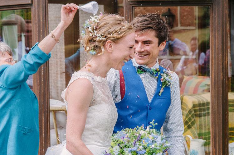 Confetti Throw Big Top Farm Party Wedding http://www.robinstudios.com/