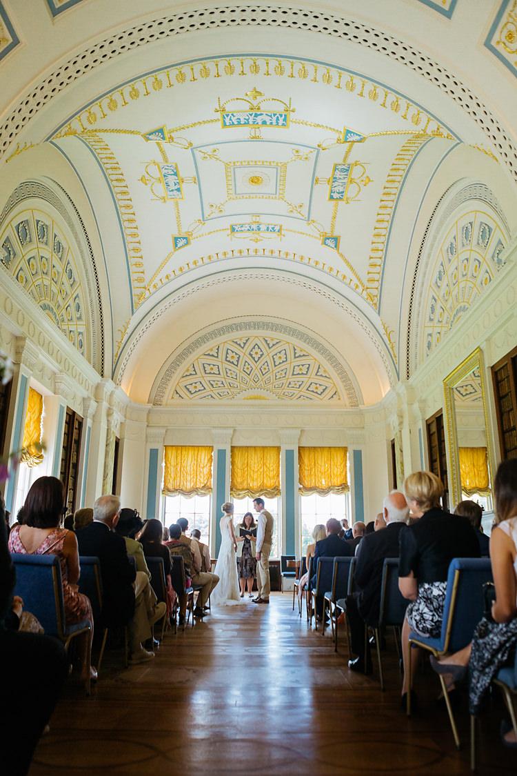 Sledmere House Fun & Games Tipi Wedding http://jamesandlianne.com/