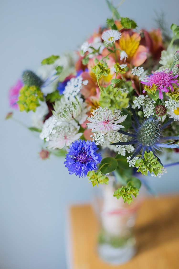 Bouquet Flowers Bride Bridal Home Grown Made Seasonal UK Summer DIY Fun & Games Tipi Wedding http://jamesandlianne.com/