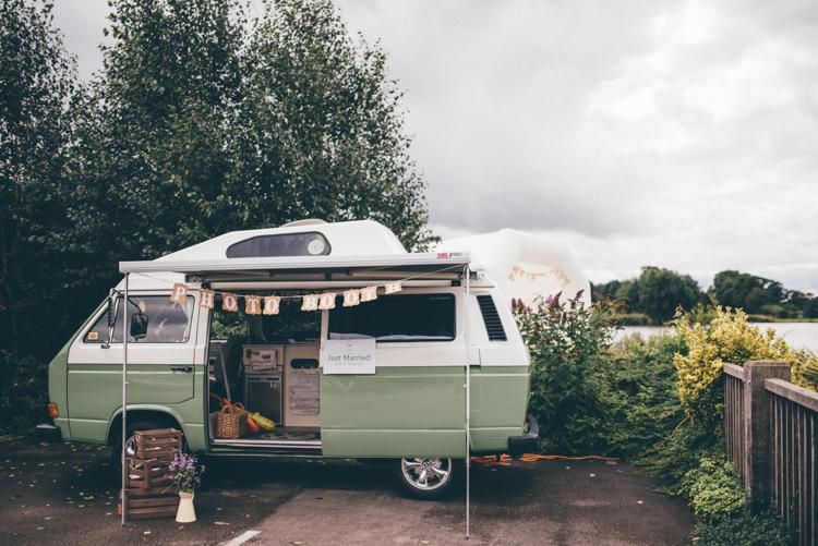 Camper Van Photo Booth Outdoorsy Rustic Sunflowers Wedding http://www.helenjanesmiddy.com/