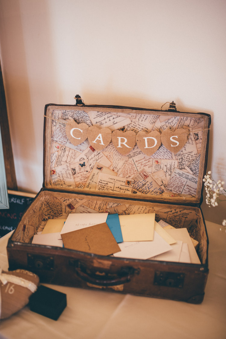 Suitcase Cards Outdoorsy Rustic Sunflowers Wedding http://www.helenjanesmiddy.com/