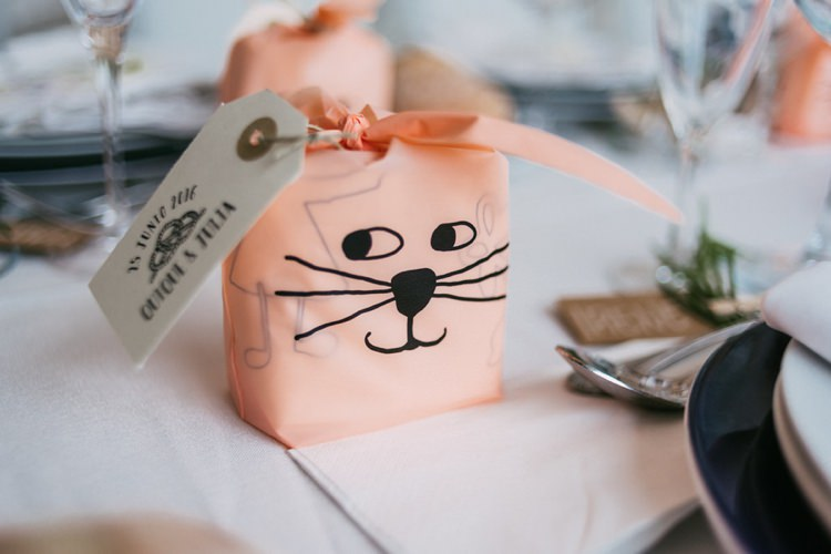 Reception Guest Favours Personalised Tags Romantic Bohemian Spain Wedding http://saralobla.com/